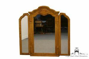 Thomasville Furniture Serenade Collection Tri Fold Mirror 21211 260