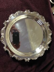 Wallace 11 1 8 Round Relish Vegetable Silverplate Tray W Glass Insert