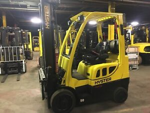 2015 Hyster 5000 Lb Forklift With Side Shift And Triple Mast And 4 Ways