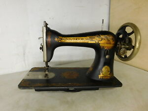 Works 1906 Antique Singer No 15 Treadle Sewing Machine Sphinx H49412 Head Only