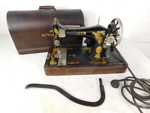 Antique Portable Singer Electric Sewing Machine W Case Aa492643 W Case