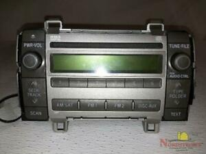 2009 Toyota Matrix Radio Am fm cd 86120 02710