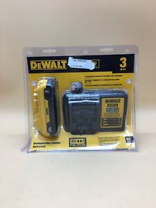 New Dewalt Dcb230c 20 volt 3 0ah Lithium ion Battery Pack With Charger 9091626 1