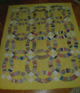 Wow Vintage Antique Yellow Double Wedding Ring Quilt 30s Hand Quilted 68x84
