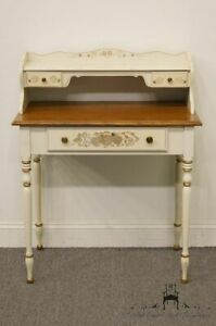 Ethan Allen Hitchcock Stenciled Solid Maple 32 Writing Desk 14 9514