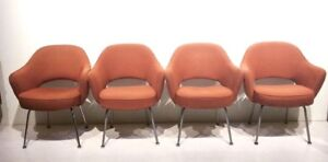 Mid Century Modern Dining Chairs By Saarinen For Knoll Set Of 4
