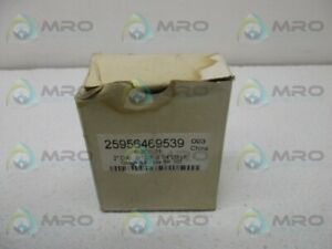 Industrial Mro 25956469539 Pressure Gauge New In Box