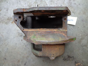John Deere 80 820 Pony Motor Transmission Housing R1770r Ar1306r