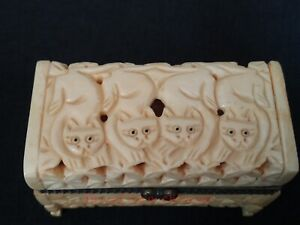 Superb Collect Ancient China Tibet Hand Carved Lovely Cat Jewelry Box Decoration