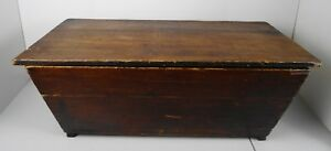 Large Antique Canted Dough Box With Lid Original Finish