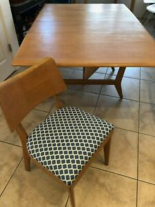 Reduced Priceheywood Wakefield Dining Table And 8 Chairs Excellent Condition
