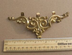 Antique Large 6 5 Brass Ormulu Furniture Pediment Trim Piece Stock Code B9