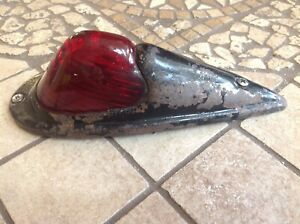 Early Do ray No 410 Red Glass Marker Clearance Light Vintage Truck Cab Lamp