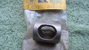 50 69 Rambler Amc American Classic Nash Ambassador Rocker Arm Housing 315