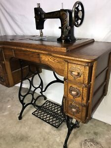 Vtg Antique Damascus Treadle Sewing Machine Oak Table Cast Iron Industrial Age
