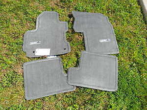 2004 2005 Toyota Rav4 Dark Gray Carpet Floor Mats 4 Pc Pt208 42041 01 Oem New