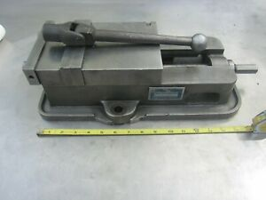 Very Nice Kurt d60 1 6 Anglock Machinist Milling Vise With Jaws