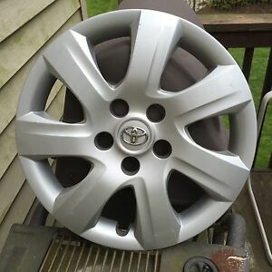 61155 Oem 10 11 Toyota Camry 16 hubcap Wheelcover Part 42602 06050 b Free S