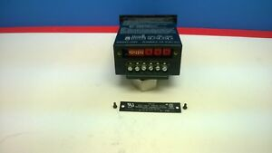 Minarik Multi funcional Digital Indicator Vt8 d230ac used