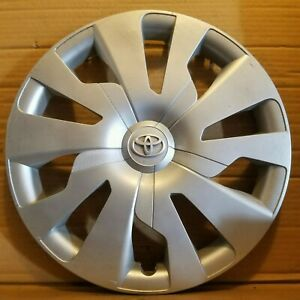 Toyota Yaris 2015 2017 Hubcap Oem 61176 Wheel Cover Ds226