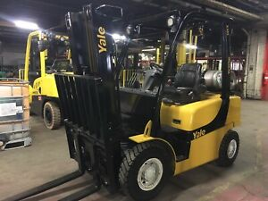 2014 Yale 5000 Lb Solid Pneumatic Forklift With Side Shift And Triple Mast