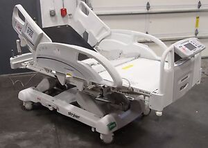 Stryker Intouch 2140 W Xprt Electric Critical Care Hospital Bed Zoom Drive