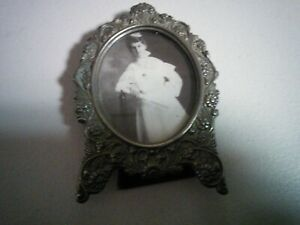 One Small Antique Oval Glass Picture Frame Easel Flower Border Unknown Metal
