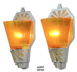Pair Of Antique Art Deco Streamline Sconces Signed By Beardslee Ant 1041