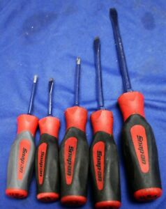 Snap On 5 Pc Red Soft Grip Screwdrivers