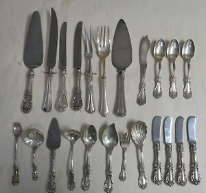 Sterling Silver Scrap Flatware 1279 Grams 45 Oz 23 Pieces Spoons Knives Forks