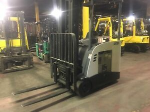 Crown Electric Forklift Dock Stocker With Side Shift Max Lift 208