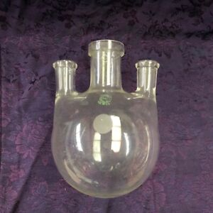 Vintage New Old Stock Pyrex Labware Distilling Flask 3 Port free Gift See Pix