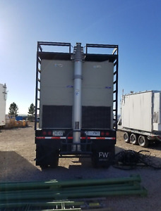 Cow cell Tower On Wheels Semi trailer With Accessories Single Mast