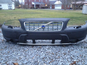 2001 2002 2003 2004 Volvo Xc70 Front Bumper With Grill And Fog Lights