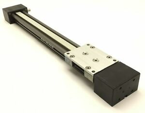 Belt Driven Linear Stage Travel 340mm Stage Dimension 100mm X 73mm Shaft 10mm