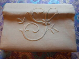 Vintage Hand Embroidered Monogrammed Damask Linen Guest Towel Mono L 22x39