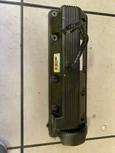 2003 2006 Ford Crown Victoria Head Valve Cover Driver Side
