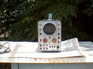 Tektronix Oscilloscope Type 321a With Manual And Case Working Good