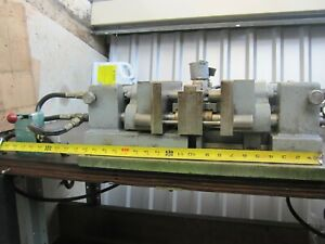 Heinrich Model 77 Complete Pneumatic Self centering Production Vise 60 Table