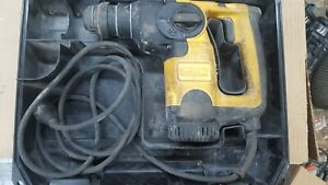 Dewalt D25313 Sds plus Rotay Hammer Drill With Case 120v Portable 1 2 Inch