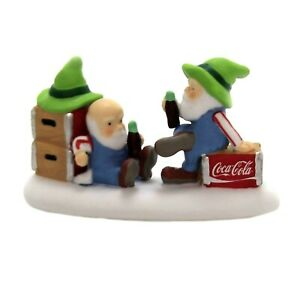 Coca Cola Pause that refreshes Dept 56 North Pole Village 6003121 Christmas A