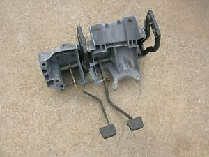 98 03 Chevy S10 Truck Blazer Brake Clutch Pedal Assembly Manual Transmission