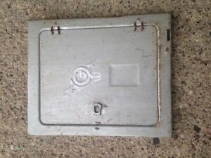 General Fuse Panel Box Front Cover Plate Vintage 100 Amp 6614