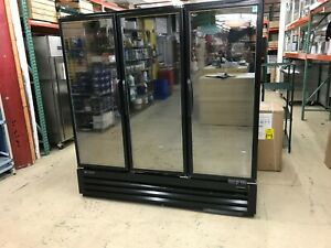 Master Bilt Blg 74 hgp Three Section Swing Glass Door Freezer Merchandiser