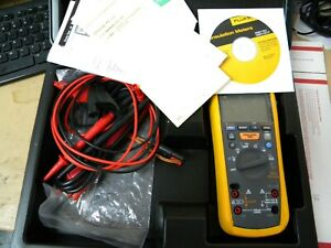 New Fluke 1587 Insulation Multimeter In Hard Case