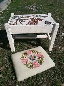 Vtg Folk Painted Wood Foot Stool Ottoman With Two Floral Needlepoint Cushions