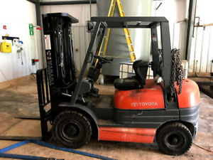 Toyota 42 6f G25 3000lbs Lpg Forklift Solid Pneumatic Tires 189 Ht