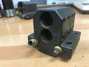 Double Tool Holder For Hardinge T42 Lathe 1 0 Bore Used