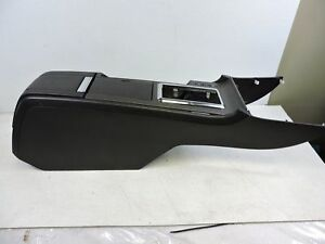 10 14 Ford Mustang Gt Center Console Arm Rest Lid Storage Oem 6233