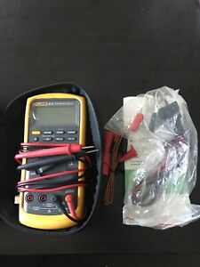 New With Case Fluke 87v Industrial True rms Multimeter W Temperature